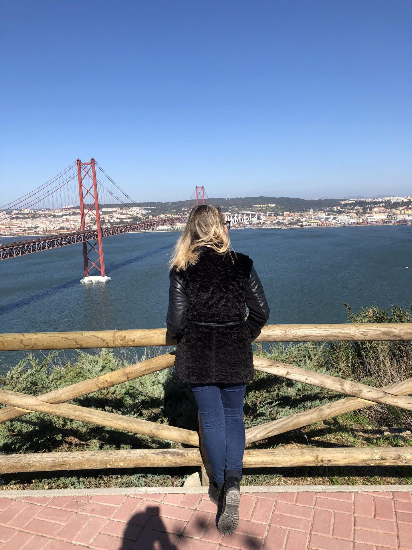 Vista dal Santuario de Cristo Rei sul Ponte 25 de Abril