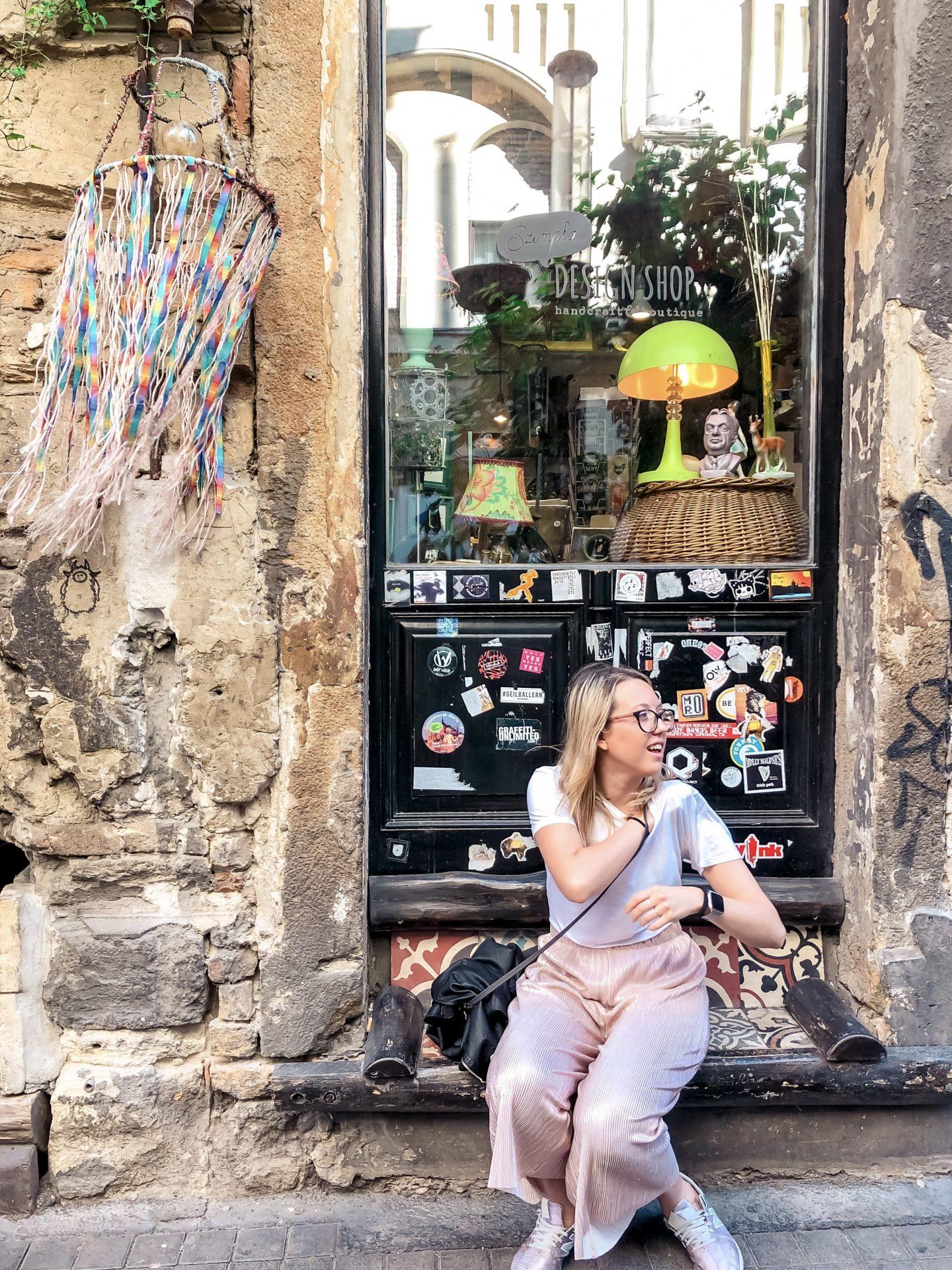 una vetrina nel ghetto ebraico